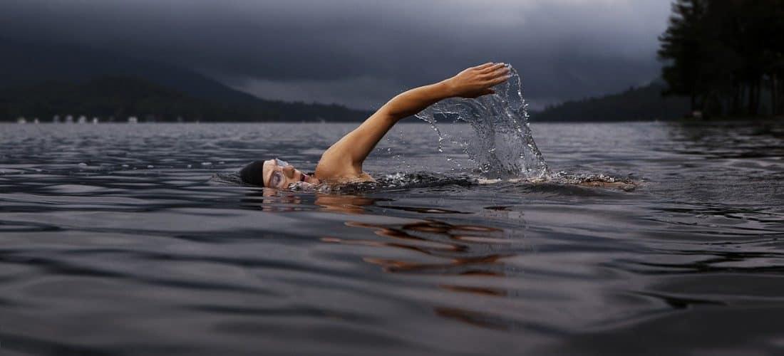 Inteligentny strój pływacki od Speedo – jakie są jego cechy?